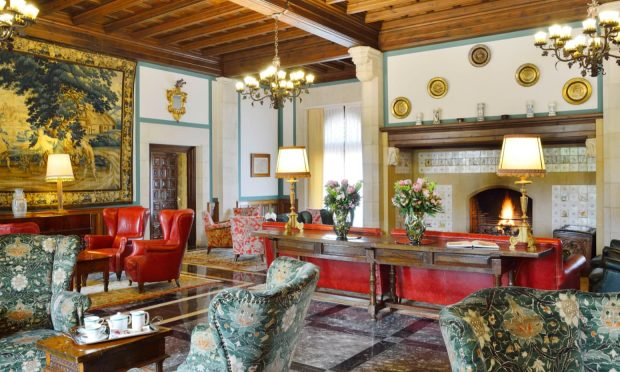 lagavina-hotel-costa-brava-salon